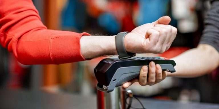 Smartwatch mit NFC